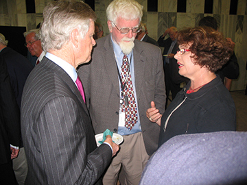 Press Gallery member Tony Haas (centre) is pictured in Parliament with former New Zealand Herald proprietor Michael Horton and Judith Tizard MP at the opening ceremony under National Press Club auspices of the Triangle Stratos television channel.